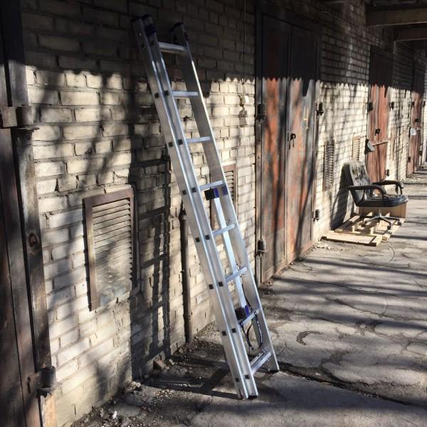 Алюминиевая двухсекционная лестница 5208 - 8