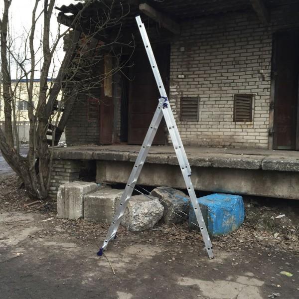 Алюминиевая трехсекционная лестница 5308 - 6