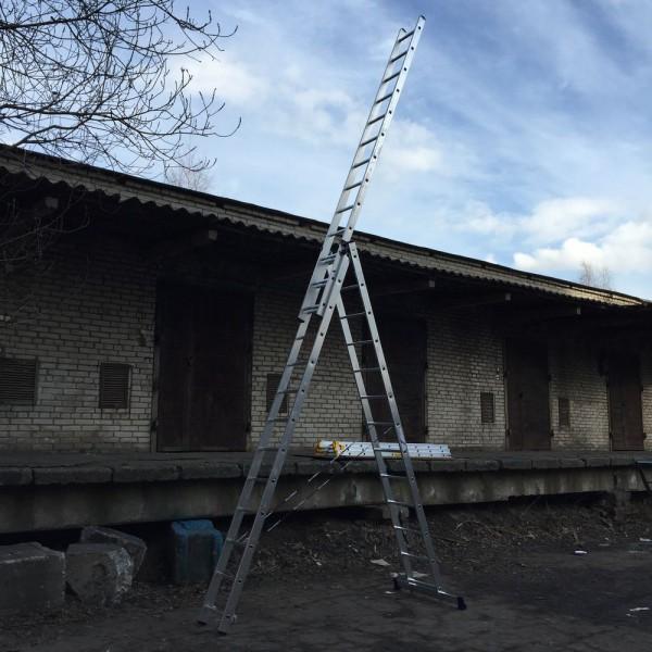 Алюминиевая трехсекционная лестница 5313 - 4