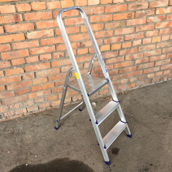 Лестница-стремянка алюминиевая матовая  3-х ст. Ам703 - 1