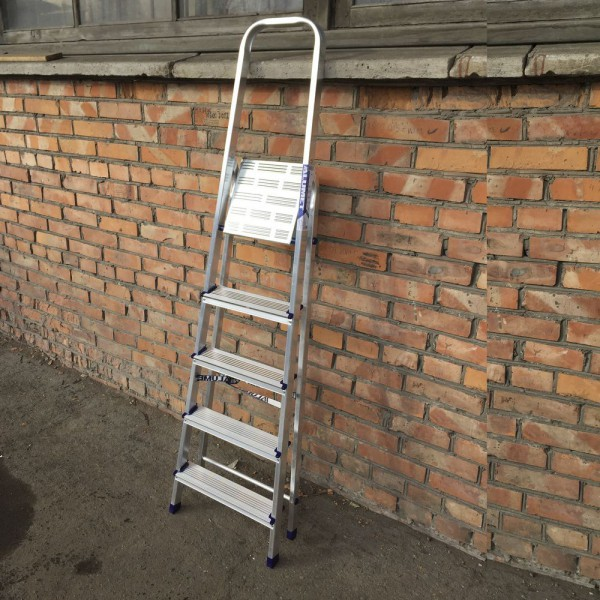 Лестница-стремянка алюминиевая матовая  5-х ст. Ам705 - 3