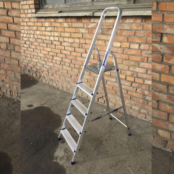 Лестница-стремянка алюминиевая матовая  5-х ст. Ам705 - 4