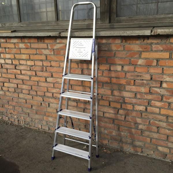 Лестница-стремянка алюминиевая матовая  6-и ст. Ам706 - 3