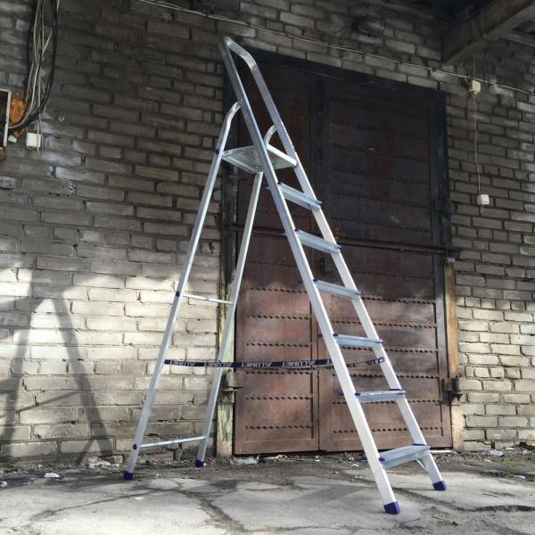 Лестница-стремянка алюминиевая матовая  7-и ст. Ам707 - 2