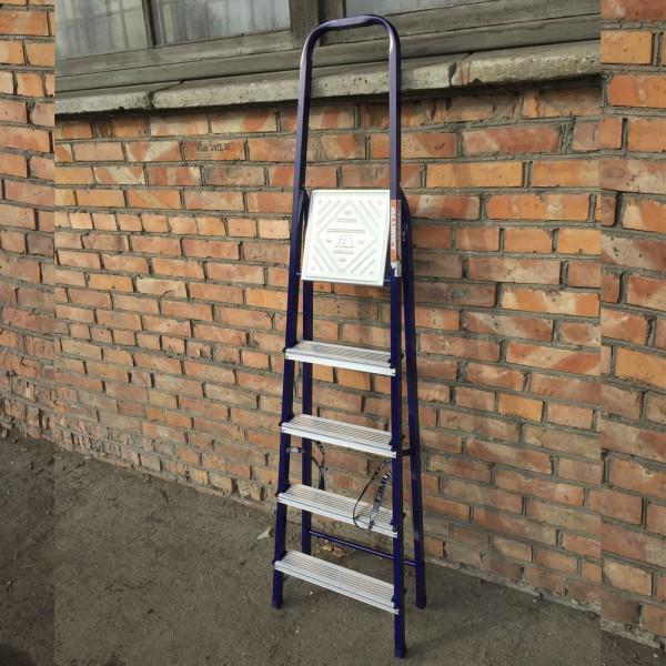 Лестница-стремянка 30*20 стальная 5-и ст.8305  - 3