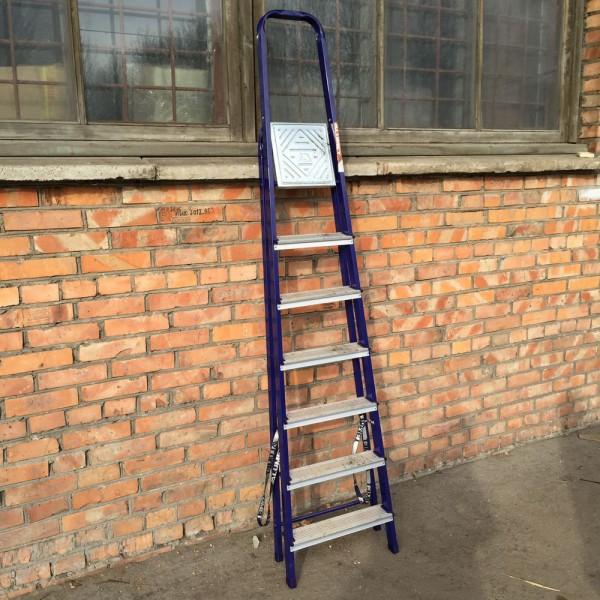 Лестница-стремянка 40*20 стальная  7-и ст.8407 - 3