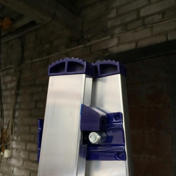Алюминиевая двухсекционная лестница 6218 - 2